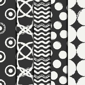 Conjunto de padrão desenhado sem costura de mão com anéis de grunge preto, círculo.