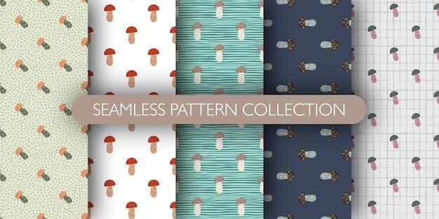 Conjunto de padrão sem emenda de floresta com ornamento de cogumelo rabiscado