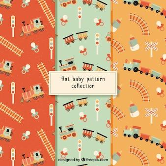 Conjunto de padrões de bebê com trens