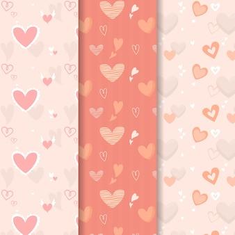 Conjunto de padrões de coração bonito mão desenhada