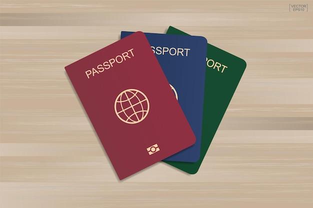 Conjunto de passaporte com fundo de madeira. ilustração vetorial.