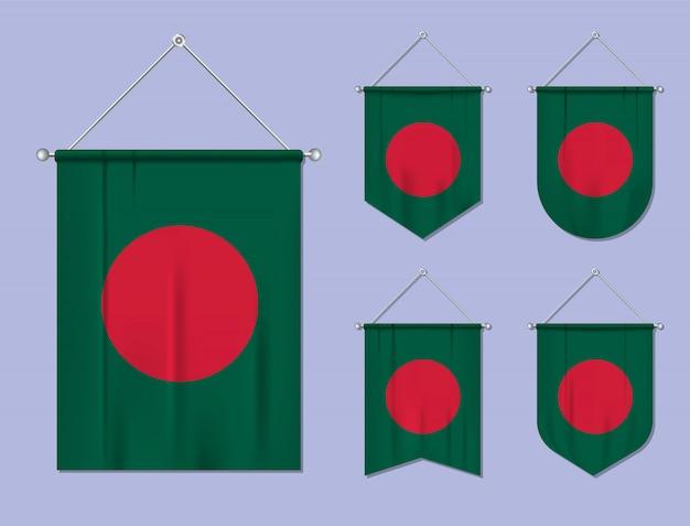 Conjunto de pendurar bandeiras bangladesh com textura têxtil. formas de diversidade do país de bandeira nacional. galhardete de modelo vertical.