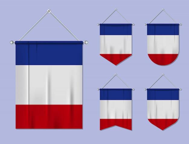 Conjunto de pendurar bandeiras frança com textura têxtil. formas de diversidade do país de bandeira nacional. galhardete de modelo vertical