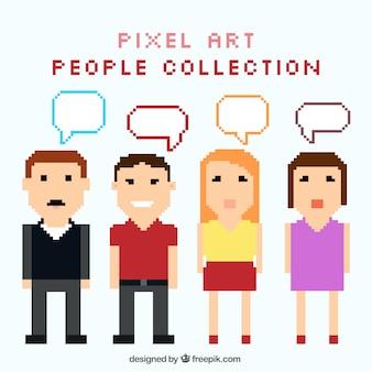 Conjunto de pessoas pixelizada com balões de fala