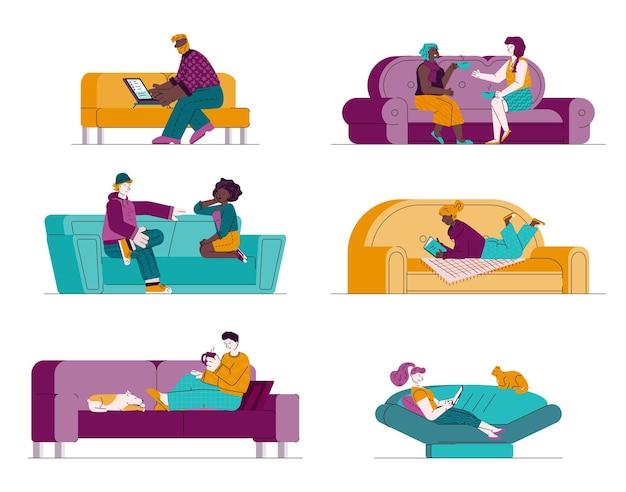 Conjunto de pessoas sentadas no sofá e se comunicando isoladas em branco