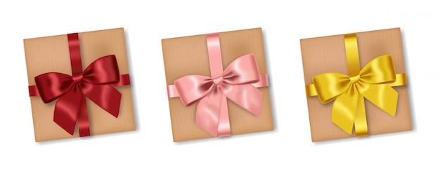 Conjunto de presentes realistas, laço vermelho, rosa e amarelo, feliz aniversário, feliz natal