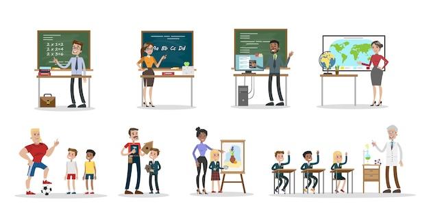 Conjunto de professores de escola. homens e mulheres ensinando alunos.