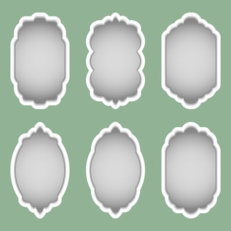 Conjunto de quadros coloridos de diferentes formas.