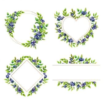 Conjunto de quadros românticos com mirtilos maduros em fundo branco isolado.