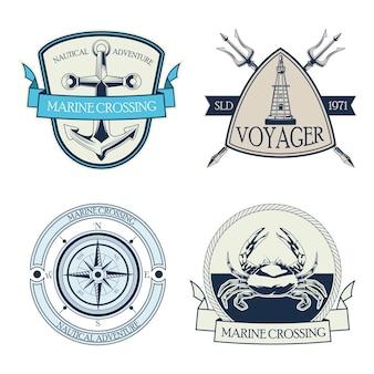 Conjunto de quatro emblemas náuticos cinza com ilustração de ícones