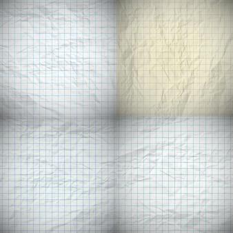 Conjunto de quatro papéis de caderno amassados com lugar para o seu texto. ilustração vetorial