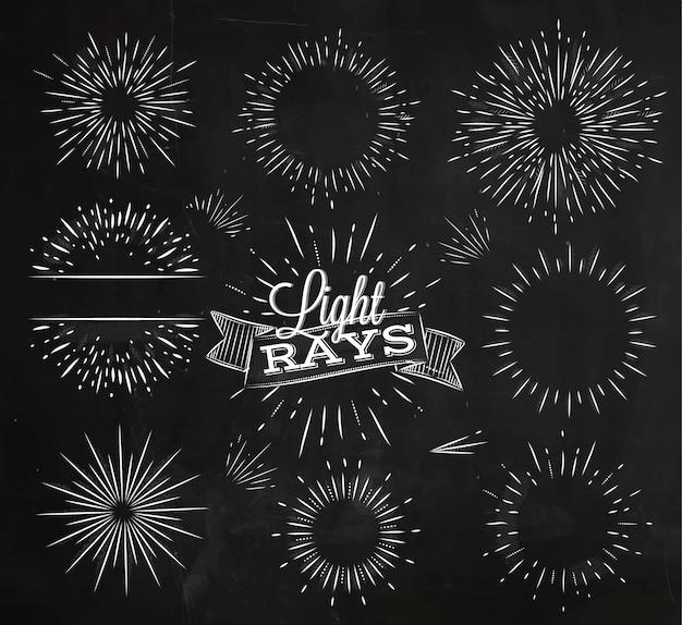 Conjunto de raio de luz no estilo vintage estilizado de desenho com giz