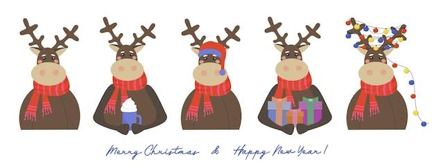 Conjunto de renas com presentes de natal, guirlanda de luzes multicoloridas e chapéu de papai noel