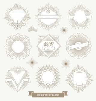 Conjunto de rótulos de emblema, sinal e hipster de linha com raios sunburst