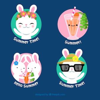 Conjunto de rótulos de verão com coelhos bonitos
