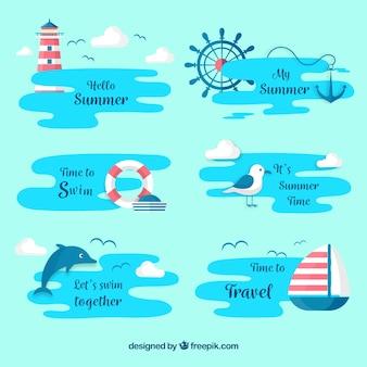 Conjunto de rótulos de verão com elementos de praia