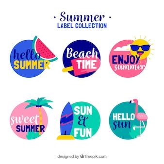 Conjunto de rótulos de verão em cores