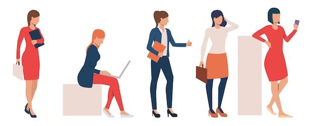 Conjunto de senhoras de negócios modernos, realizando tarefas