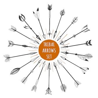 Conjunto de setas tribais mão desenhada