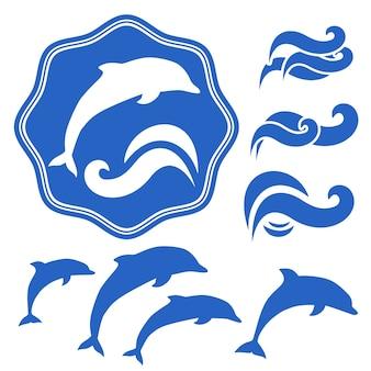Conjunto de silhuetas de golfinhos. ondas azuis em branco