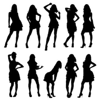 Conjunto de silhuetas. lindas, magras e jovens em poses diferentes.
