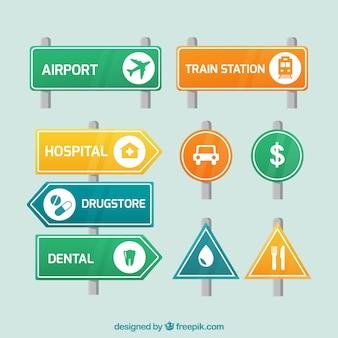 Conjunto de sinalização e sinais de trânsito