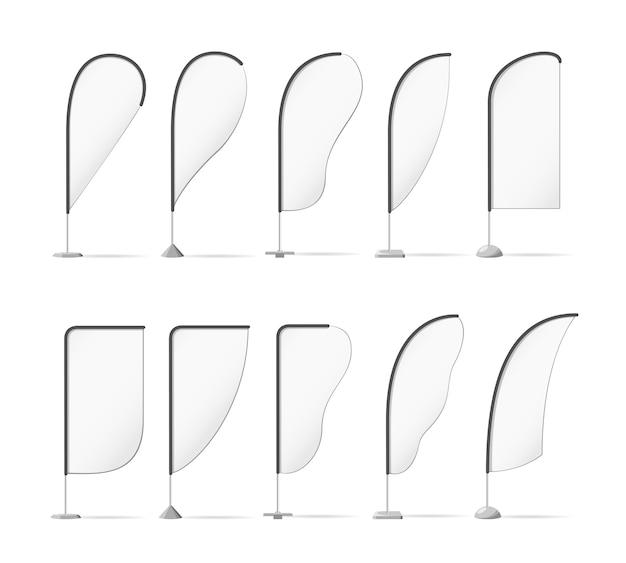 Conjunto de sinalizadores de praia de publicidade em branco.