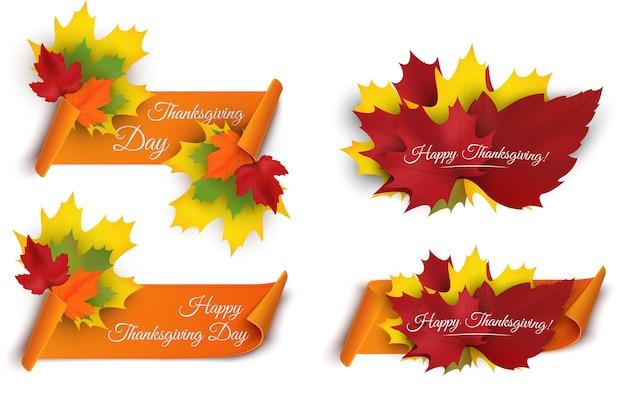 Conjunto de tags de feliz dia de ação de graças. elemento de design de cartão de felicitações com folha de plátano banner da web
