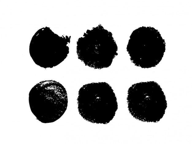 Conjunto de tinta abstrata em um fundo branco. círculo de mão desenhada grunge preto. peça de alta qualidade.