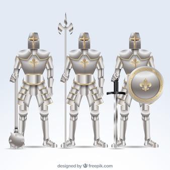 Conjunto de três armaduras com acessórios