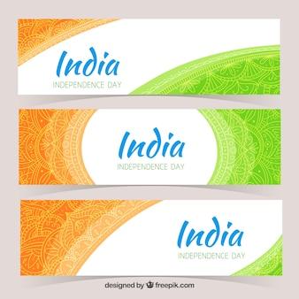 Conjunto de três bandeiras ornamentais da independência da índia