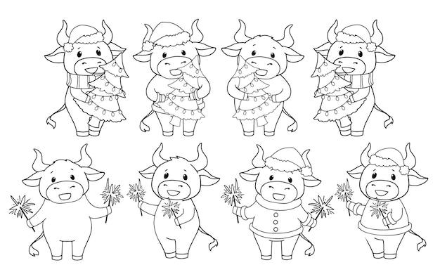 Conjunto de vaca de desenho animado vestindo fantasia de natal e segurando uma árvore e brilhos.