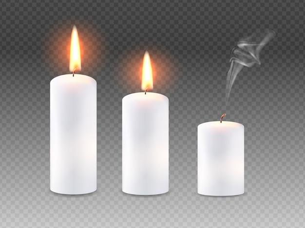 Conjunto de velas acesas.