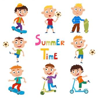 Conjunto de vetores de atividades ao ar livre de meninos de verão em estilo cartoon, isolado no branco