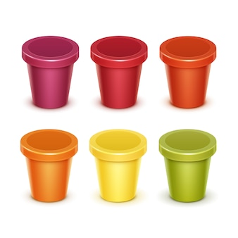 Conjunto de vetores de cuba plástica colorida vermelha verde laranja amarelo para alimentos em branco