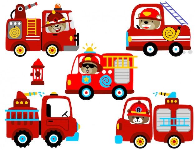 Conjunto de vetores de desenhos animados de motor de fogo com motorista engraçado