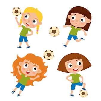 Conjunto de vetores de garotas em camisetas e shorts jogando futebol em estilo cartoon, isolado no branco