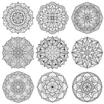 Conjunto de vetores de padrões de mandala de meditação indiana