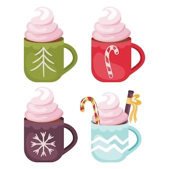 Conjunto de xícaras de cacau para o natal; bebida quente com creme