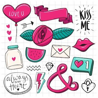 Conjunto desenhado à mão de elementos fofos doodle