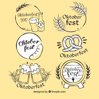Conjunto elegante de etiquetas desenhadas a mão mais oktoberfest