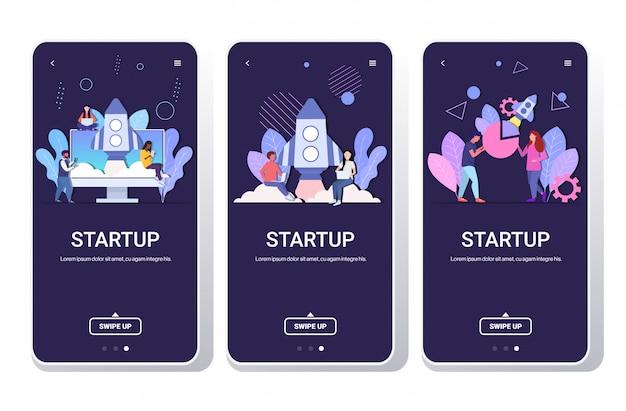 Conjunto empresários brainstorming equipe bem sucedida lançando espaço foguete startup conceito mistura funcionários usando dispositivos digitais telefone telas coleção móvel app cópia espaço completo