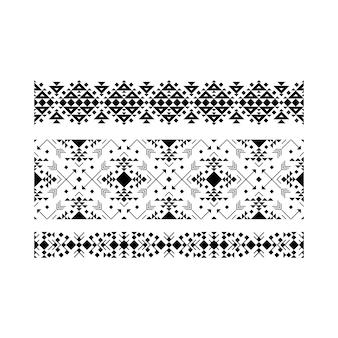 Conjunto étnico ornamental preto em branco