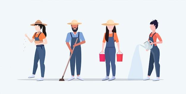 Conjunto jardineiros que crescem o cuidado de plantas no jardim ou estufa homens mulheres trabalhando jardinagem agrícola eco conceito agrícola comprimento total horizontal