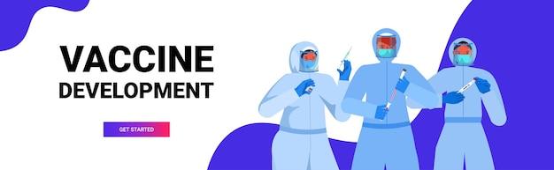 Conjunto mix raça médicos ou cientistas em máscaras trabalhando com covid-19 swab nasal testes rápidos de laboratório amostras de sangue em frascos coronavírus pandemia conceito cópia horizontal espaço retrato vetor illustrat