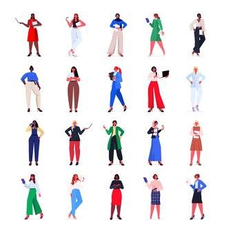 Conjunto mix raça mulheres de negócios em trajes formais mulheres de negócios de sucesso em pé pose de liderança