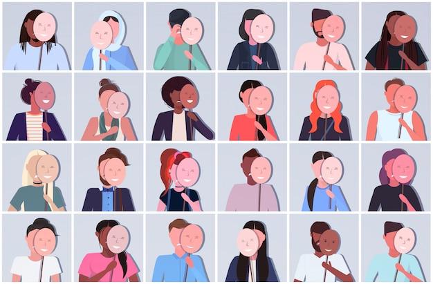 Conjunto mix raça pessoas segurando máscaras positivas homens mulheres grupo cobrindo emoções faciais