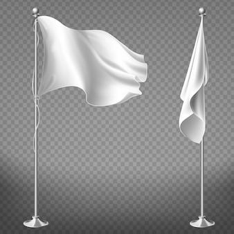 Conjunto realista de duas bandeiras brancas em postes de aço isolado em fundo transparente.