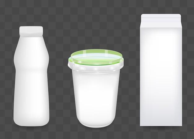 Conjunto realista de embalagens de iogurte, queijo cottage ou creme de leite isolado em fundo transparente. diversas embalagens para laticínios. aplicável para branding, apresentação de design.