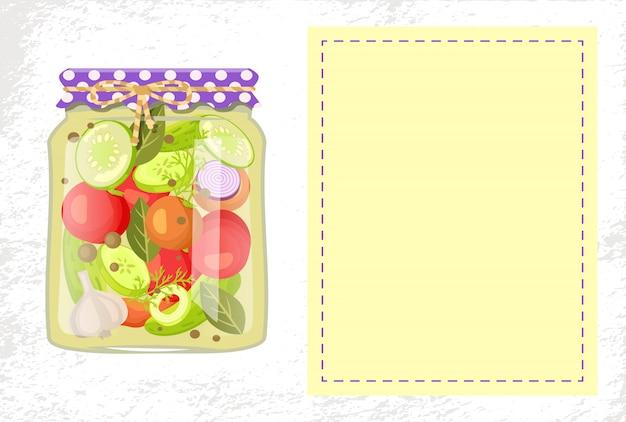 Conservas de legumes em conserva em frasco de vidro